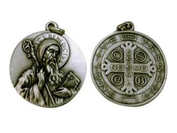 Medallón San Benito 4,3cm  fundicion