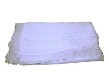 Mantel Altar blanco c/puntilla (crepe poliéster) 3,50x1,40mts