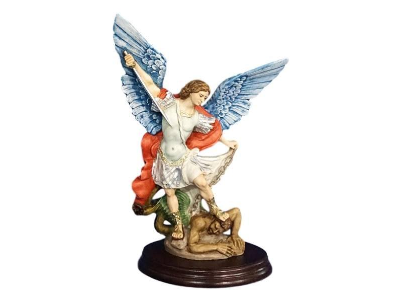 Estatua resina italiana de San Miguel Arcangel de 25cm de alto