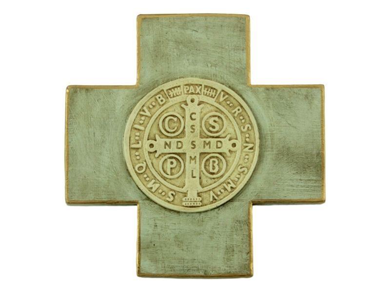 Crucifijo_de_ceramica_San_Benito_-_claro