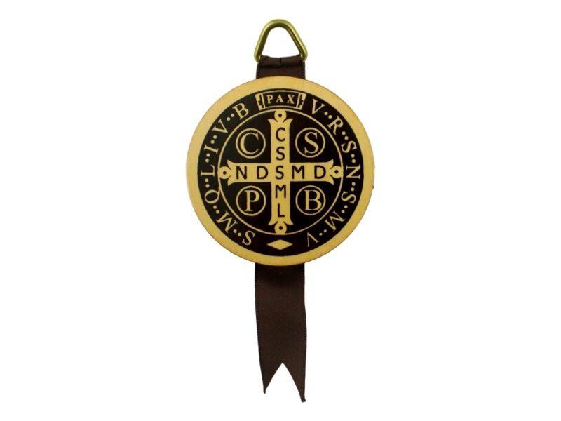 Medallon_de_madera_San_Benito_Abad_-_frente