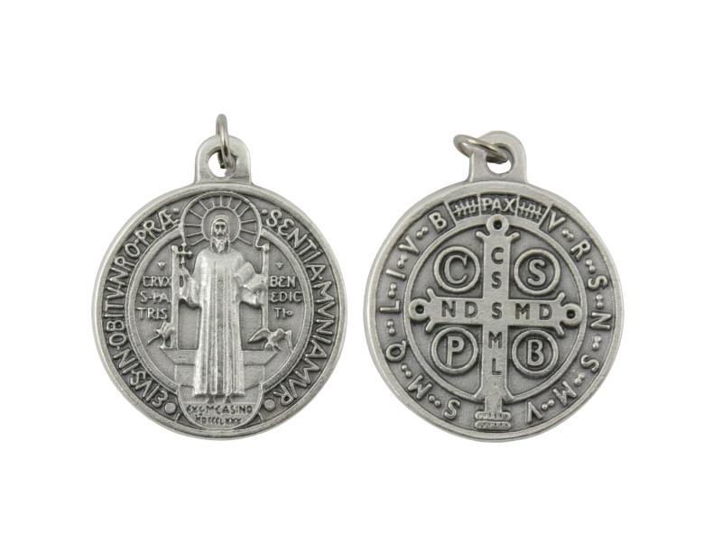 Medalla_plateada_San_Benito_32mm_-_frente_y_dorso