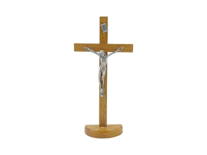 Crucifijo_con_base_Madera_clara_con_Cristo_19x10cm_-_frente