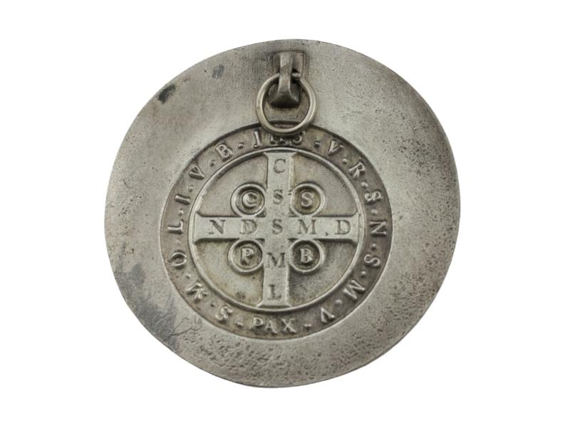 Medallon Fundicion San Benito 8cm - dorso